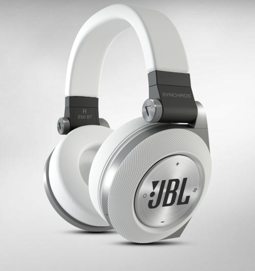 Jbl Synchros E50bt Bluetoothe Headphone Review Who Needs Wires The Gamer With Kids