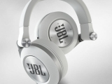 JBL Synchros E50BT Bluetoothe Headphone Review – Who Needs Wires?