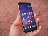 LG V30 Review – More Sophisticated, One Less Screen