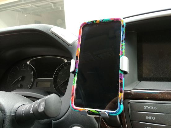 Tech Armor Wireless Charging Car Vent Mount